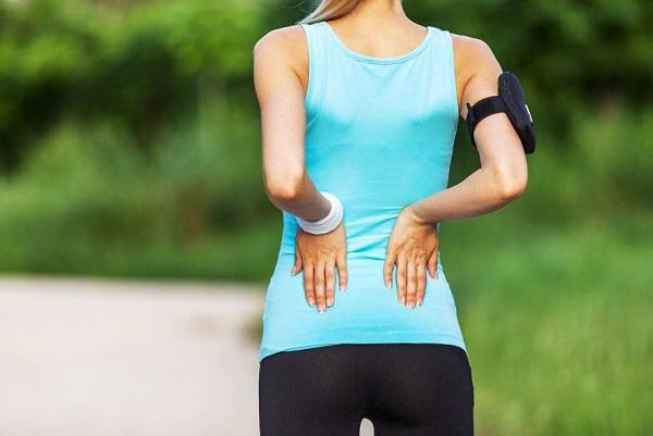 Realizar unos buenos ejercicios de calentamiento es una forma eficaz de prevenir la contractura muscular.